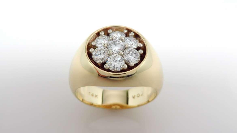 Bague coupole or jaune 14k avec 7 diamants de 0.17pts